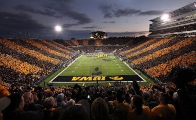 cropped-kinnick-night.jpg